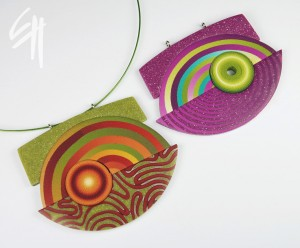 Eva Hašková: Rainbow pendant / Περιδέραιο στα χρώματα του ουράνιου τόξου